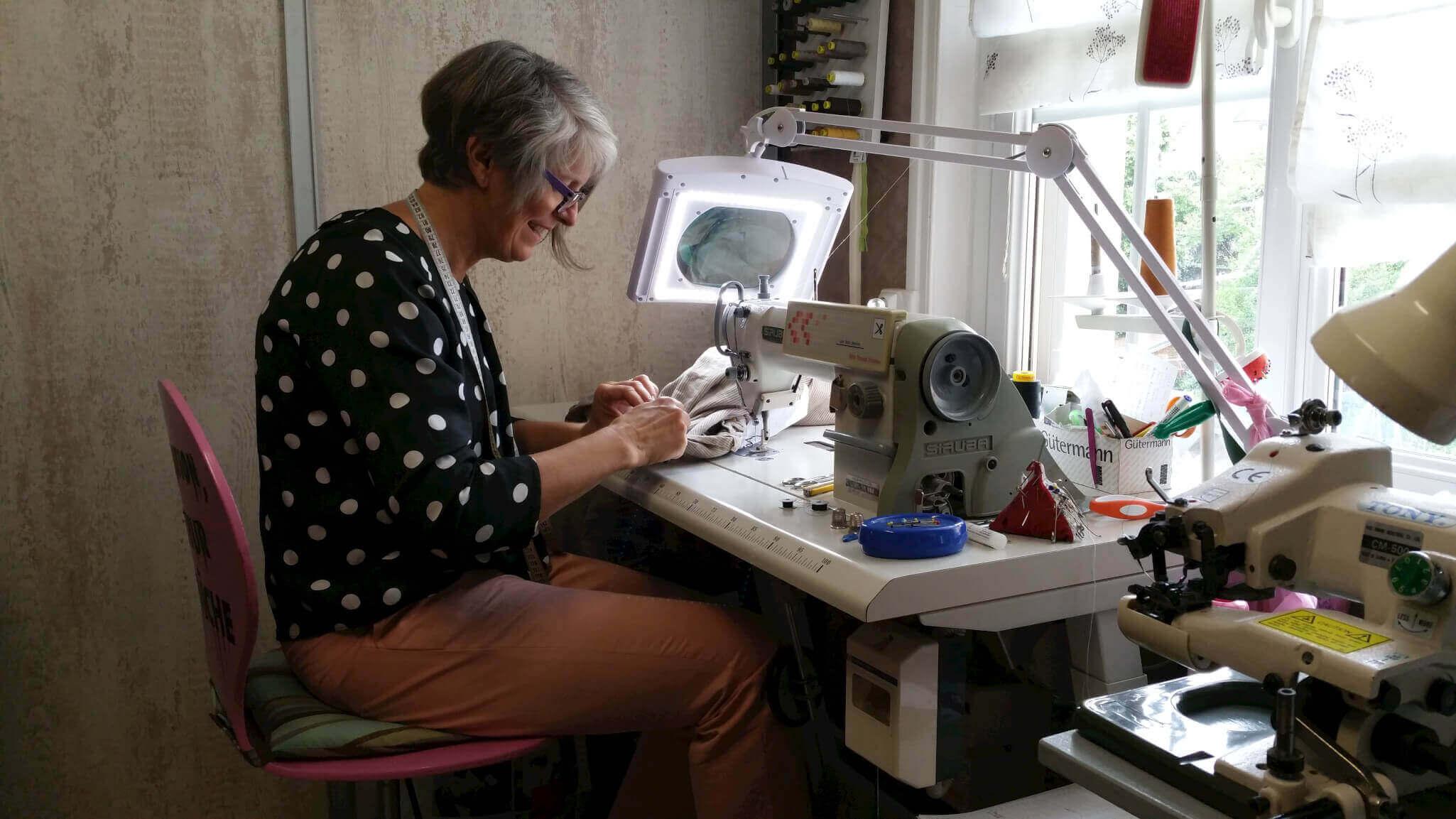 Couture, retouches & cours de couture à Colmar - Au cours du fil
